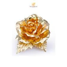 Hoa hồng cài áo tặng mẹ đầy ý nghĩa