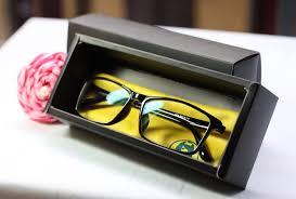 Cách lựa chọn kính cho người dùng máy tính nhiều